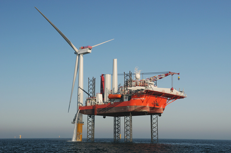 GM Endeavour installs the Siemens 3.6MW turbines at Sheringham Shoal